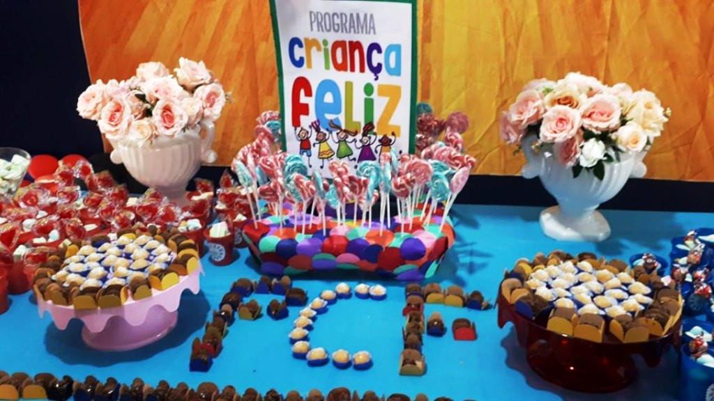 Dia 18 de Outubro -Grande festa com o público do Programa Criança Feliz.