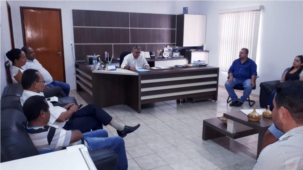 Dia 20 de Fevereiro de 2020- Reunião com as Autoridades Eclesiásticas de nossa cidade, com o Prefeito Fernandes Martins Rodrigues, Vice Antônio Milhomem e Vereadores.