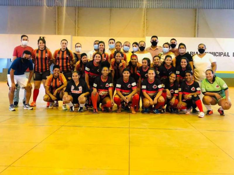 Dia 17 de Setembro 2021- Entrega dos novos uniformes do Time de Futsal Feminino de Figueirópolis-TO.