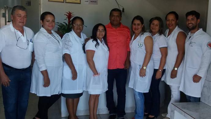 Secretário de Saúde, Valdieis Cantuário,médicos e enfermeiros do Hospital de Figueirópolis.